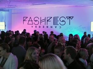 FashFest - Waiting Crowd