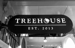 Treehouse signage